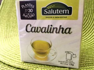 chá de cavalinha - perder gordura abdominal