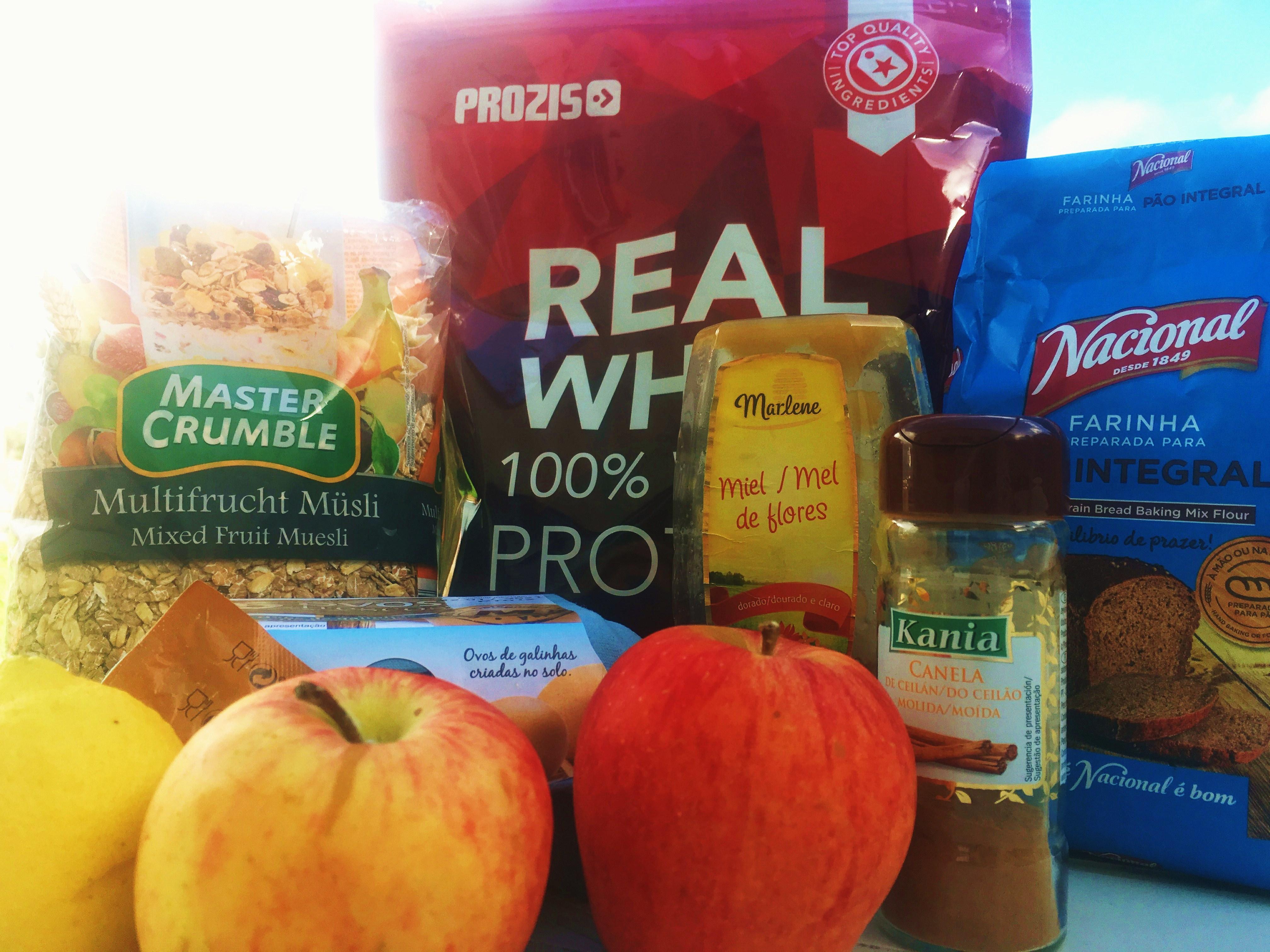 bolo proteico de maçã e canela ingredientes