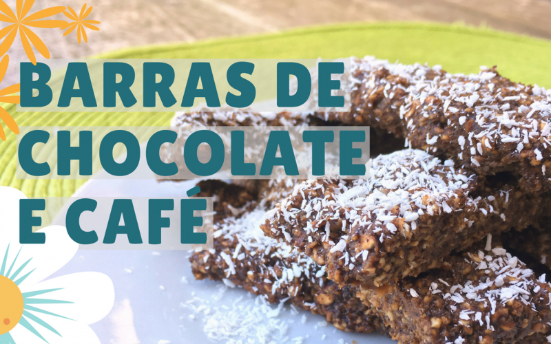 barras de chocolate e café