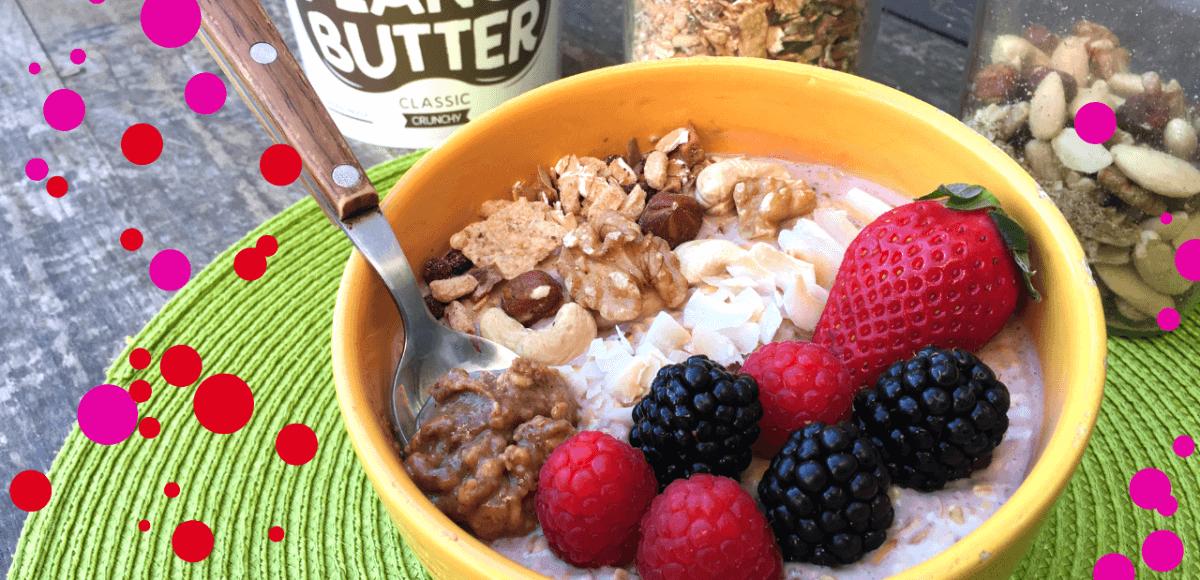 bowl de muesli e iogurte