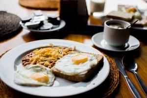 alimentos para o pequeno-almoço