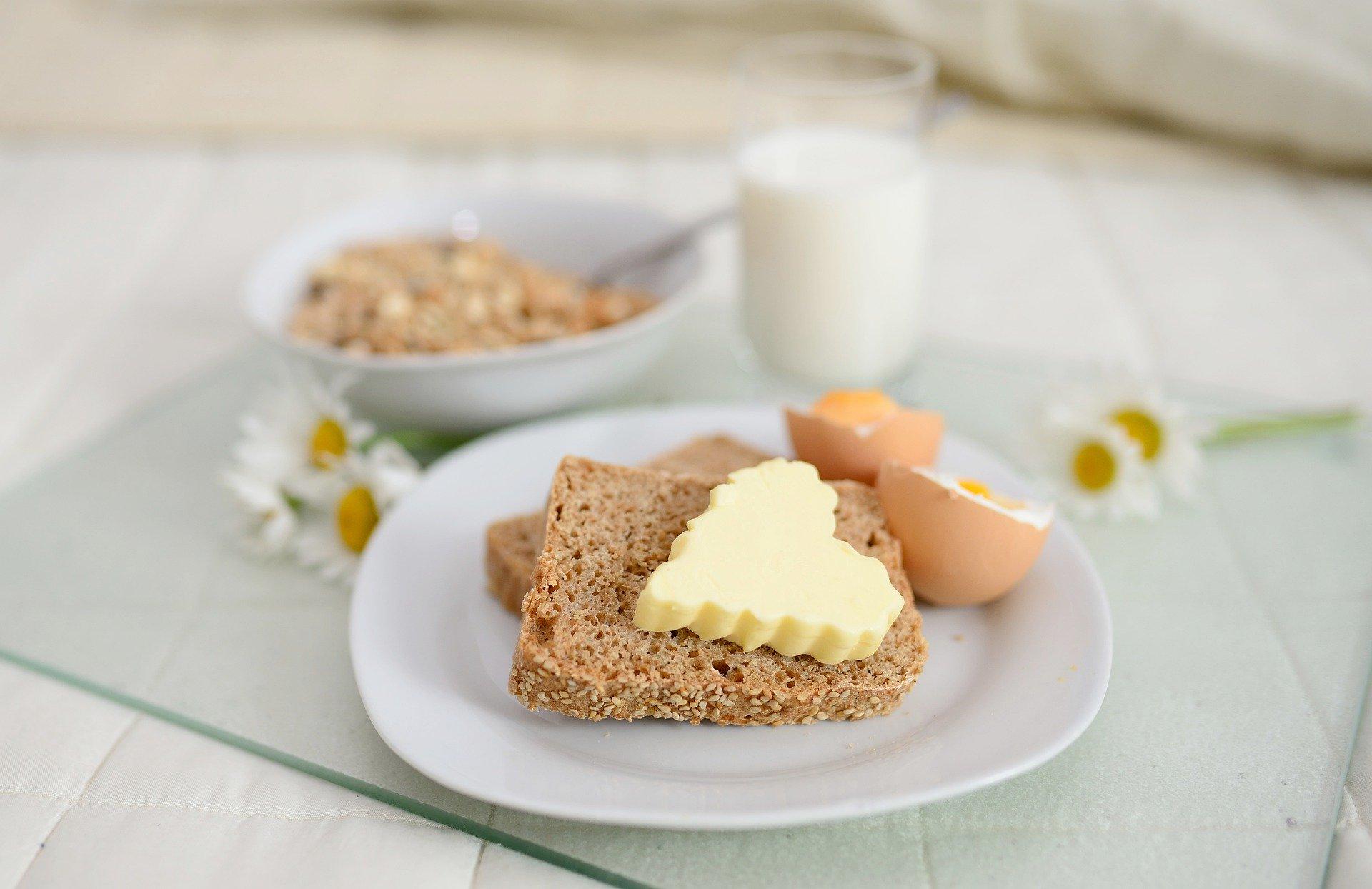 alimentos sem hidratos de carbono manteiga