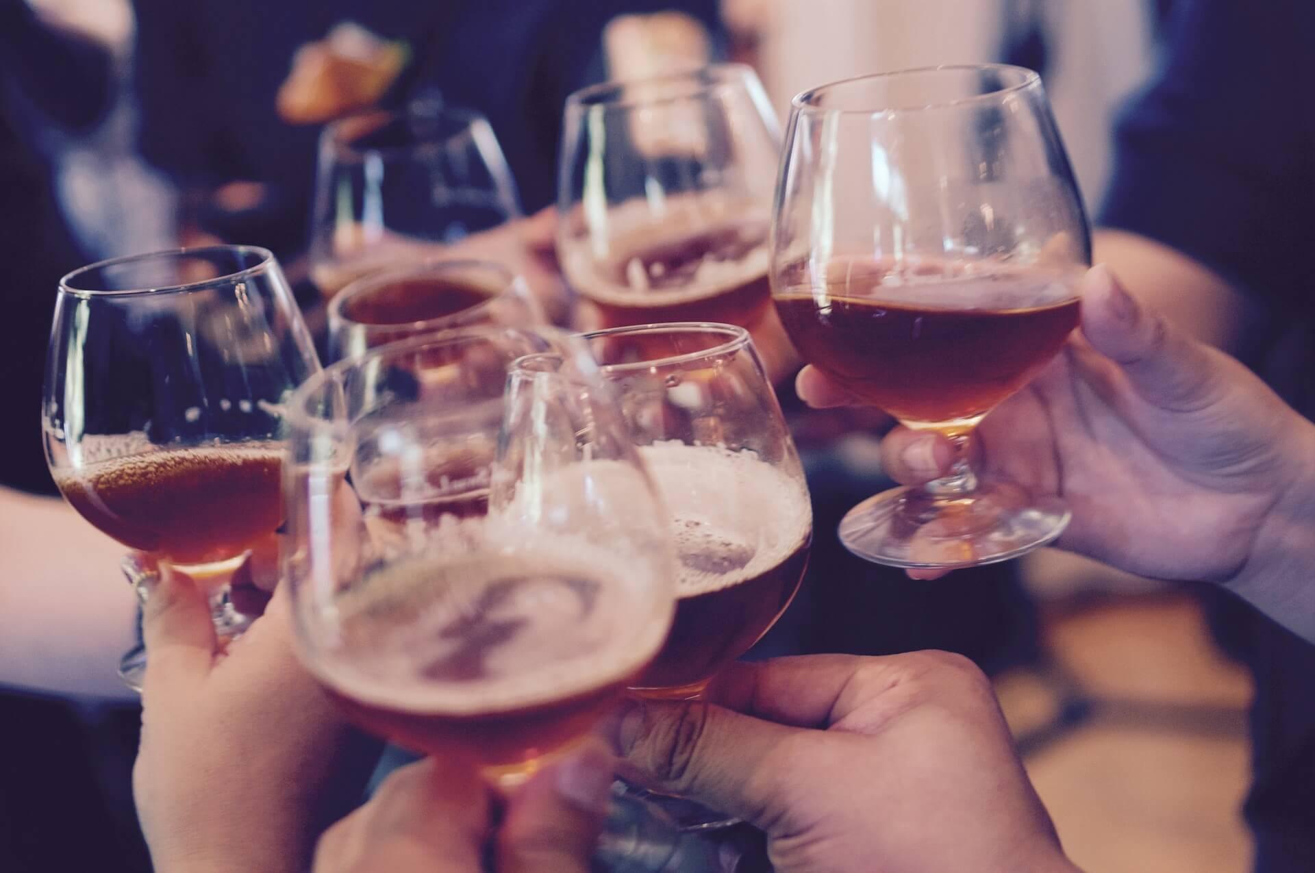 o alcool engorda