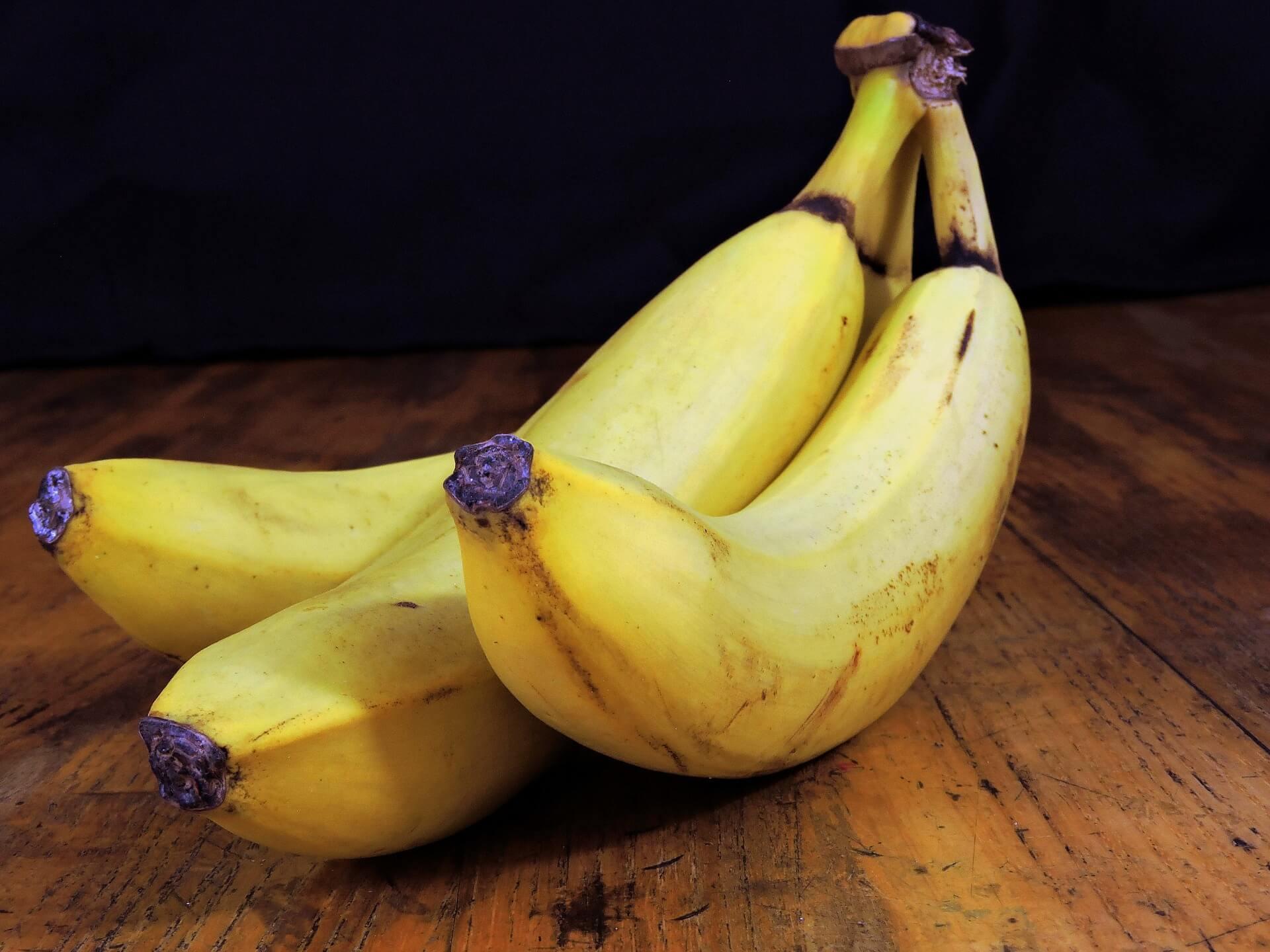 docinhos de banana e chocolate